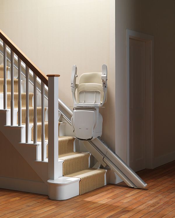 Stairlifts-Stannah-Retractable-Rail-1