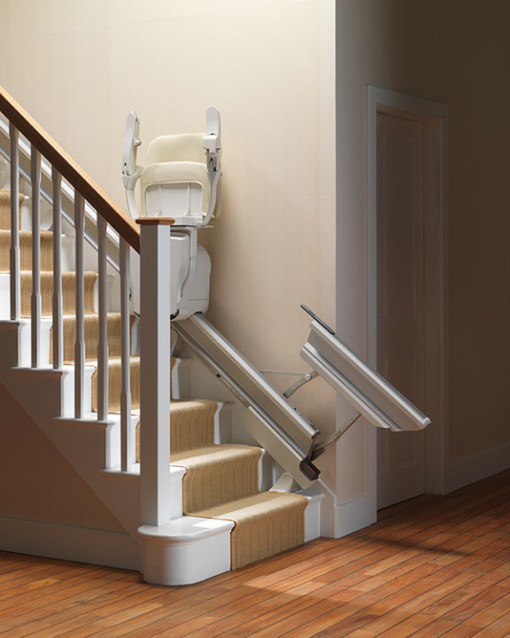Stairlifts-Stannah-Retractable-Rail-2
