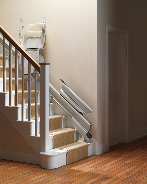 Stairlifts-Stannah-Retractable-Rail-3