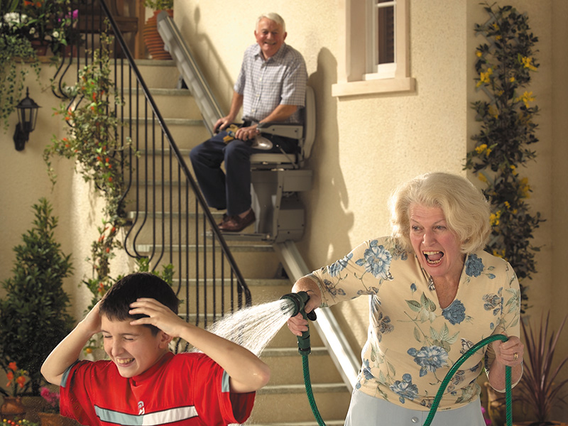 Stairlifts-Stannah-outdoor-2-resources