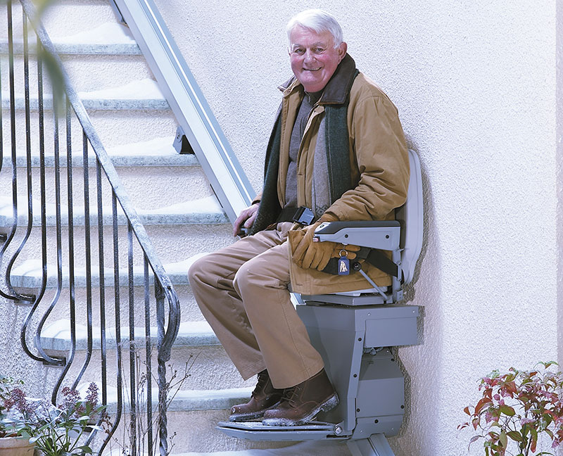 Stairlifts-Stannah-outdoor-about-us